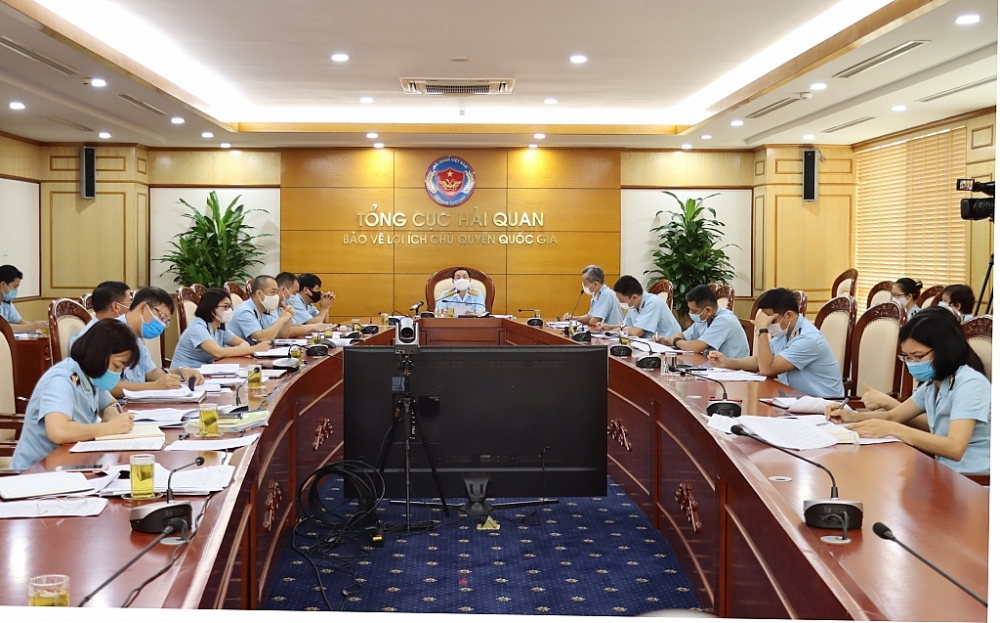 Phó Tổng cục trưởng Hoàng Việt Cường chủ trì buổi họp trực tuyến. Ảnh: N.Linh