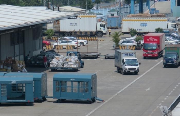 Xét nghiệm 3.200 nhân viên, hoạt động tại sân bay Nội Bài vẫn bình thường