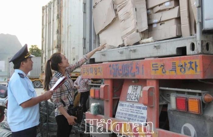 Tạm dừng hoạt động một địa điểm tập kết hàng XNK khu vực biên giới Cao Bằng