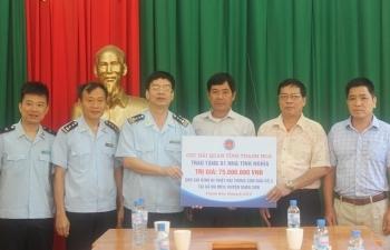 Hải quan Thanh Hóa hỗ trợ xây dựng một nhà tình nghĩa cho người dân bản Sa Ná