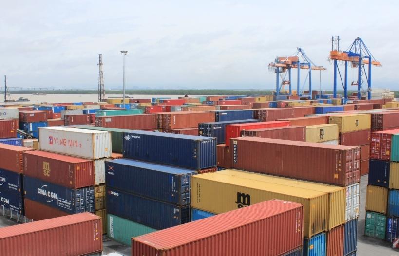 Phế liệu không đủ điều kiện nhập phải tái xuất tại cửa khẩu nhập