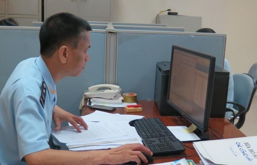 Hải quan Hà Nội làm thủ tục cho hơn 1 triệu tờ khai