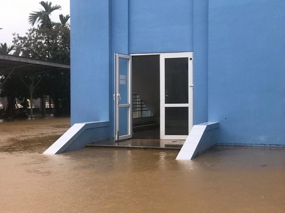 Hải quan Thừa Thiên Huế: Đảm bảo an toàn phòng chống lụt