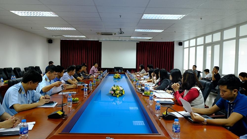 Kháo sát doanh nghiệp về triển khai Hệ thống quản lý, giám sát hải quan tự động tại Cảng hàng không quốc tế Nội Bài.