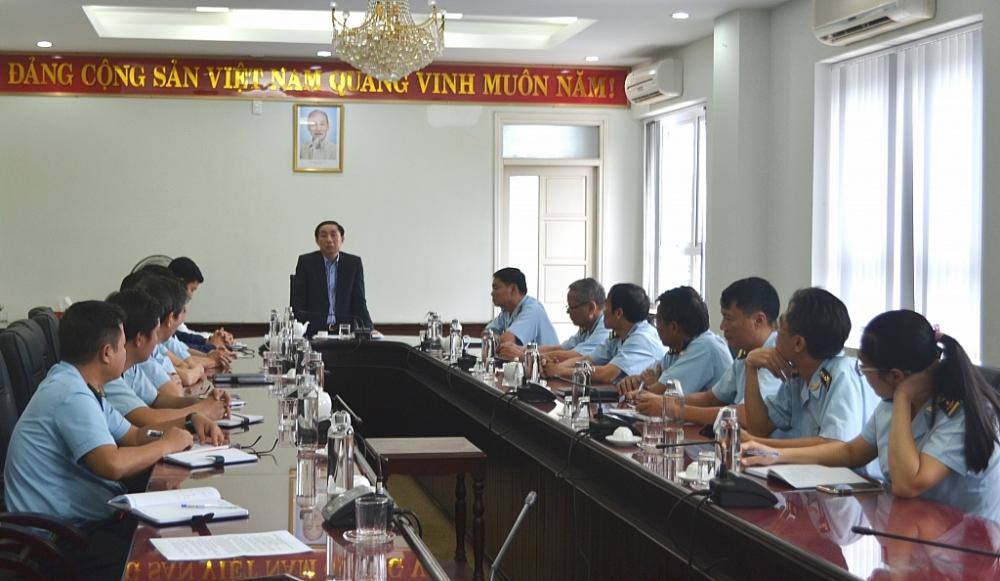 Phó Tổng cục trưởng Hoàng Việt Cường phát biểu tại buổi làm việc.