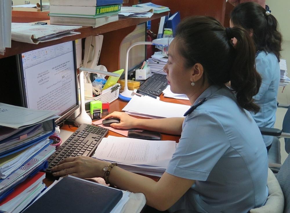 Hoạt động nghiệp vụ tại Chi cục Hải quan KCN Bắc Thăng Long (Cục Hải quan Hà Nội). Ảnh: N.Linh