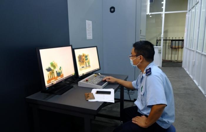 Mỗi ngày có khoảng 9.600 lô hàng được thực hiện quản lý giám sát tự động tại Nội Bài