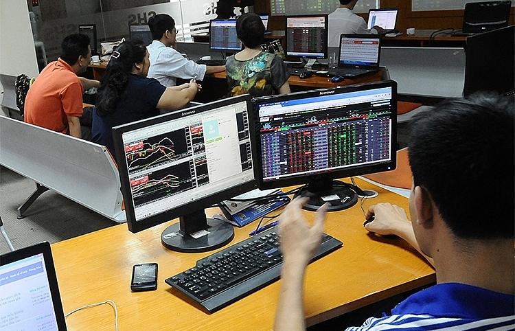 """""""Xây cầu nối"""" thu hút đầu tư gián tiếp của Anh vào thị trường chứng khoán Việt Nam"""