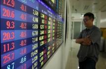 Dòng tiền luân chuyển tìm kiếm lợi nhuận ở cổ phiếu bất động sản
