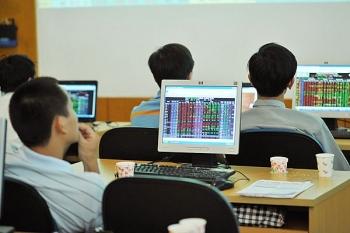 Hàng loạt cổ phiếu lớn đồng loạt giảm sâu