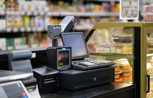 Đối tượng nào phải sử dụng hoá đơn điện tử từ máy tính tiền kết nối với cơ quan Thuế?