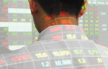 Khối ngoại liên tục đổ tiền vào thị trường chứng khoán