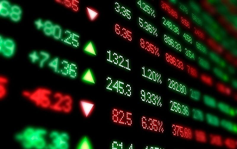 Thị trường chứng khoán: Chỉ số tăng tốc, thanh khoản lao dốc