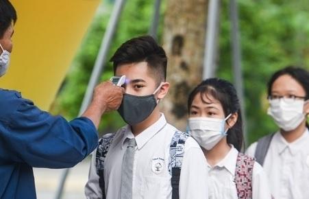 Thêm nhiều tỉnh cho học sinh nghỉ học, Hà Nội học sinh học trực tuyến