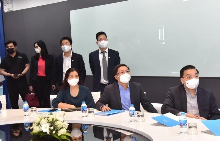 Chủ tịch Hà Nội thăm và làm việc tại 3 doanh nghiệp lớn tại Thủ đô