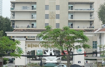 Lại thêm 5 bệnh nhân mắc Covid-19 mới, 4 bệnh nhân liên quan đến Bệnh viện Bạch Mai