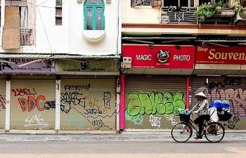 Hà Nội yêu cầu đóng cửa tất cả các cửa hàng dịch vụ không thiết yếu