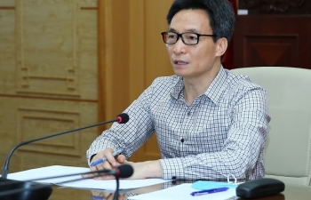 Phó Thủ tướng yêu cầu khẩn cấp ứng phó với ổ dịch Covid-19 tại Bệnh viện Bạch Mai