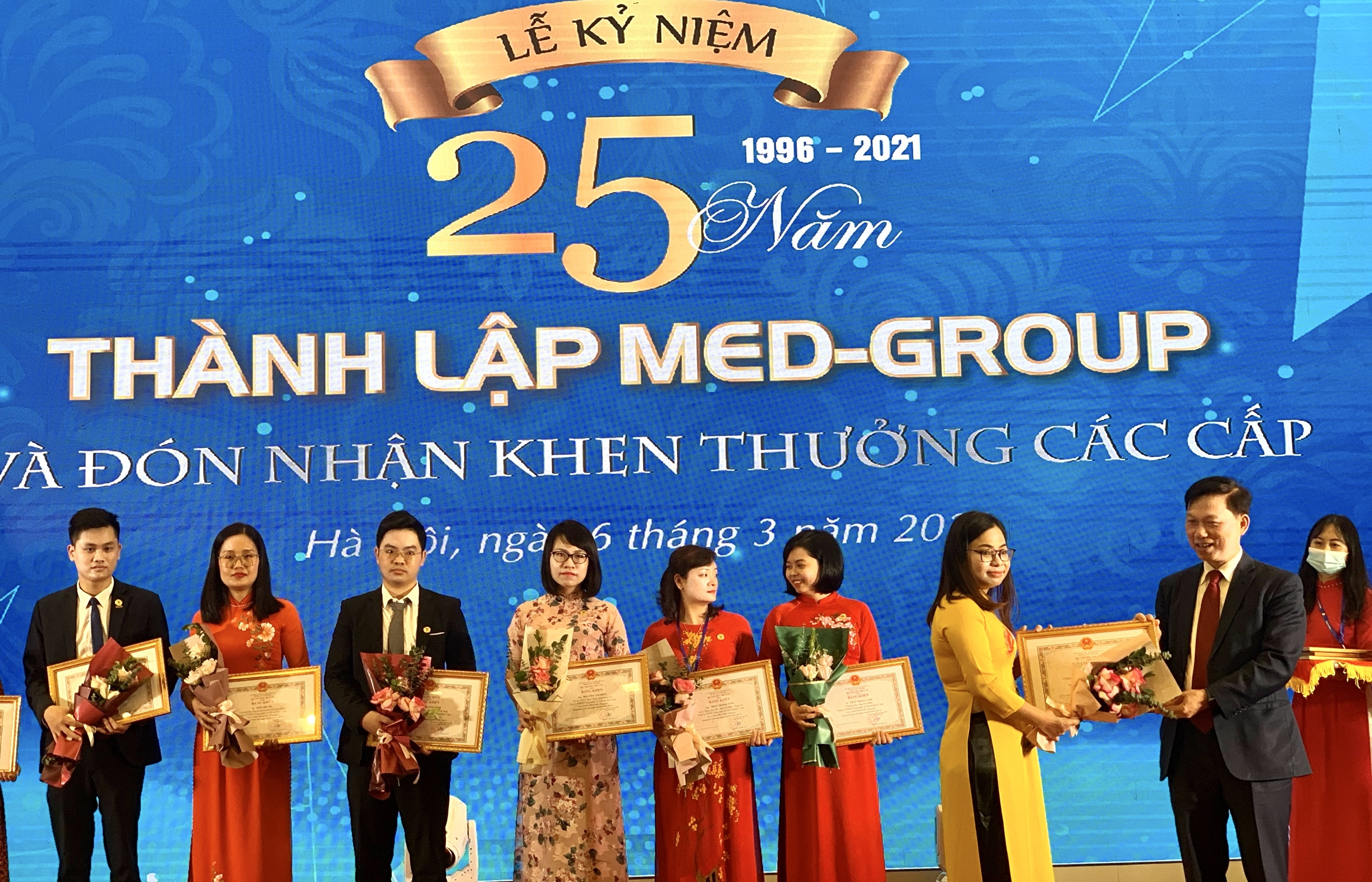 Medlatec - 25 năm nỗ lực chăm sóc sức khỏe cộng đồng