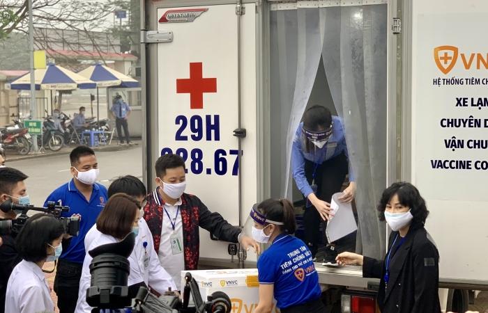 Đồng loạt tiêm vắc xin Covid-19 tại Hà Nội, Hải Dương và TPHCM
