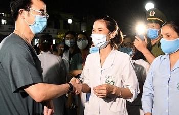 Bộ Y tế yêu cầu BV Bạch Mai làm rõ việc tụ tập đông người