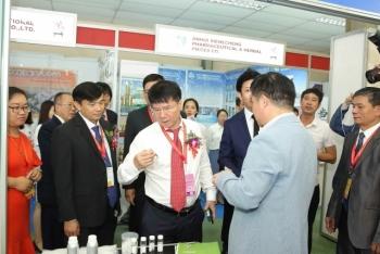 Hơn 400 doanh nghiệp dự Triển lãm quốc tế chuyên ngành Y dược Việt Nam 2019
