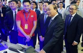 Thủ tướng Nguyễn Xuân Phúc dự Diễn đàn quốc gia phát triển doanh nghiệp công nghệ