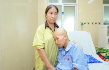 Xúc động ca mổ đặc biệt cho sản phụ mắc ung thư giai đoạn cuối