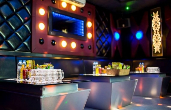 Mức thu phí thẩm định cấp giấy phép kinh doanh karaoke, vũ trường