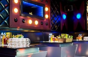 Hà Nội: Chưa cho mở lại karaoke và vũ trường