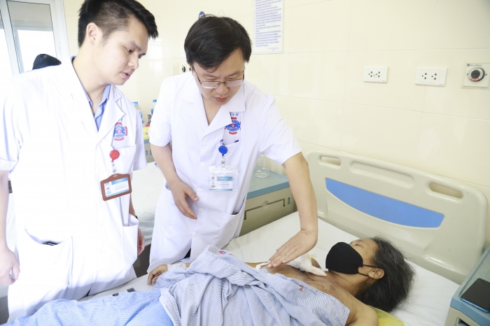 Bệnh viện K tạo hình thành công khối u khổng lồ