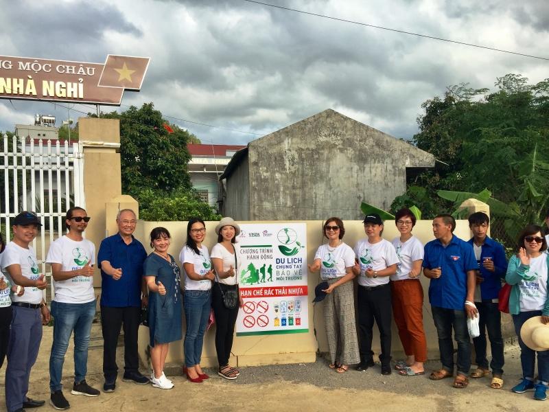 doanh nghiep du lich chung tay chong van nan rac thai nhua