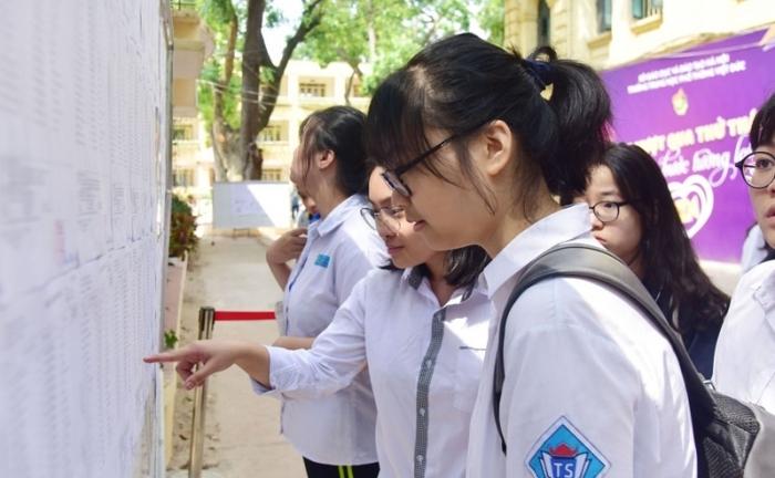 Cuộc đua căng thẳng vào lớp 10 tại Hà Nội chính thức bắt đầu