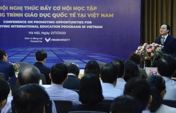 Bàn giải pháp nâng cao chất lượng liên kết quốc tế trong giáo dục đại học