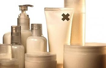 Phát hiện nhiều mỹ phẩm kém chất lượng, chứa chất cấm