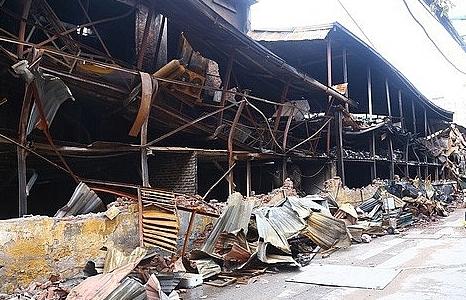 Chủ tịch Hà Nội chỉ đạo xử lý hậu quả vụ cháy nhà máy Rạng Đông
