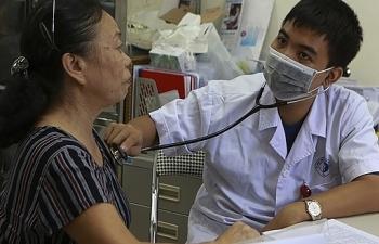 Sau vụ cháy Rạng Đông: Tiếp tục khám, tư vấn sức khỏe miễn phí đến hết ngày 12/9