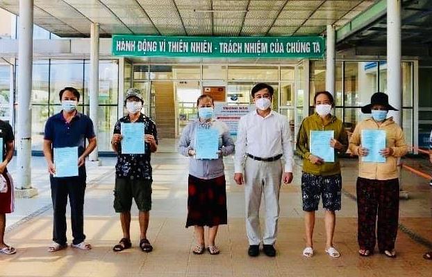 Thêm 3 ca mắc Covid-19 mới, 12 bệnh nhân được công bố khỏi bệnh