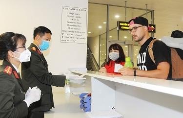 Hướng dẫn tạm thời giám sát người nhập cảnh vào Việt Nam