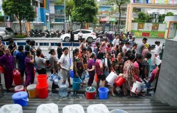 Hà Nội: Các nhà máy cấp nước trở lại nhưng khuyến cáo không dùng cho ăn uống