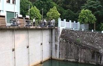 Vụ nước sạch nhiễm dầu độc:  Luật sư ủng hộ việc kiện Công ty Cổ phần nước sạch sông Đà