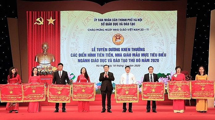 Hà Nội tuyên dương giáo viên tiêu biểu