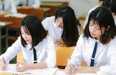 Bộ Giáo dục và Đào tạo lại đề xuất giữ nguyên học phí