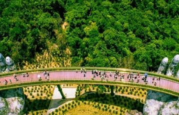 Du lịch Việt thất thu 23 tỉ USD
