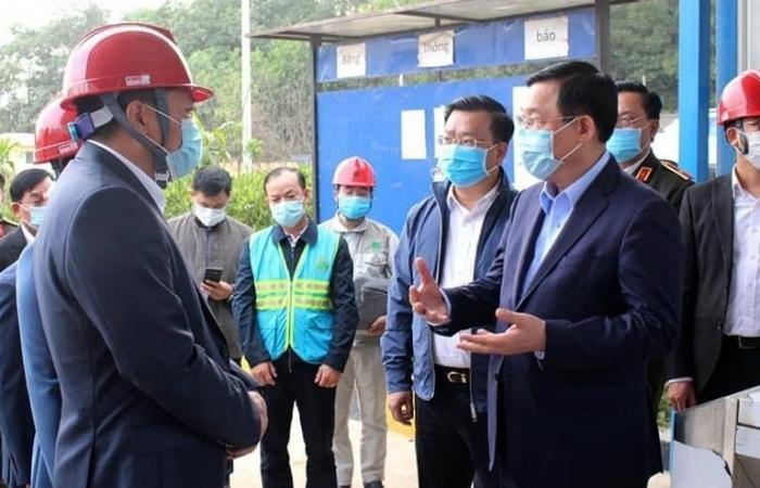 Bí thư Thành ủy Vương Đình Huệ kiểm tra đột xuất Khu Liên hợp xử lý chất thải Sóc Sơn