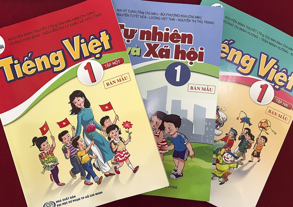 Kiến nghị sửa 4 bộ sách giáo khoa lớp 1