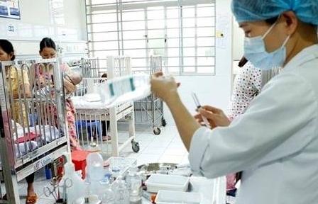 Trẻ nhập viện vì cúm mùa tăng cao