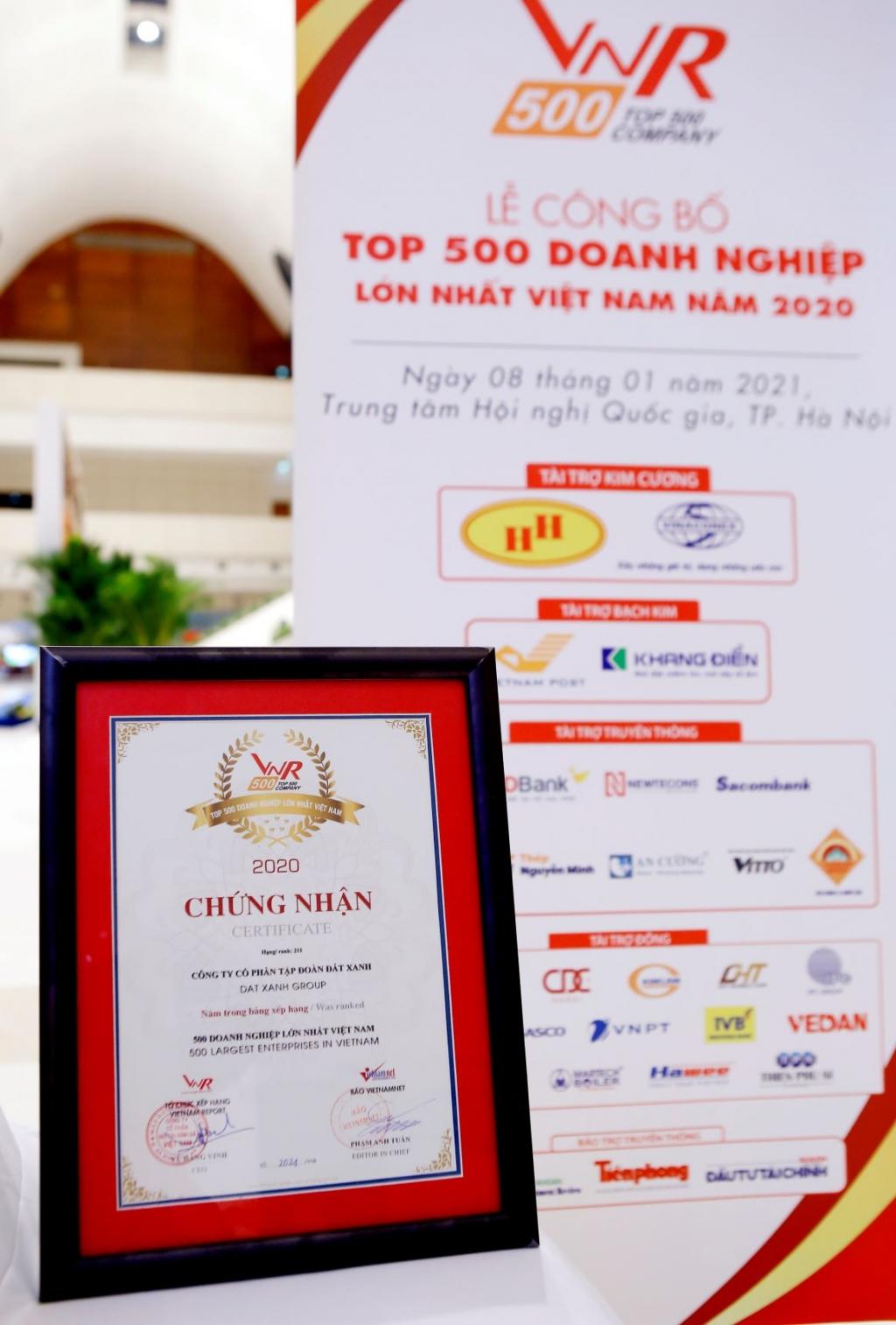 VNR500 là bảng xếp hạng uy tín, được xây dựng dựa trên tiêu chí doanh thu, tổng tài sản, tốc độ tăng trưởng, lợi nhuận, uy tín doanh nghiệp trên truyền thông...