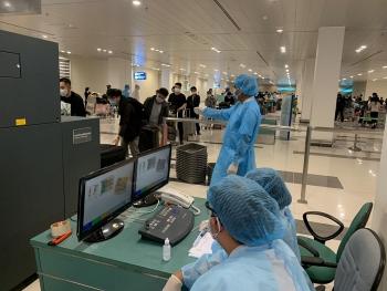 Cần Thơ tiếp nhận 247 người Việt Nam từ Australia về tránh dịch