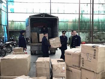 Hải quan Tân Thanh chủ trì phối hợp bắt số lượng lớn hàng gia dụng